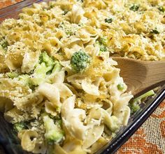 Recipe: Skinny Baked Mac and Cheese with Broccoli