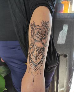 """Lucia on Instagram: """"Ďalšia krásna ženská kerka pre ešte krajšiu dušičku Niku 🥰 ďakujem veľmi pekne za super dizajn , toto ma naozaj tešilo 🌛 #tattoo #tattoos…"""" My Design, Tattoos, Instagram, Tatuajes, Tattoo, Tattos, Tattoo Designs"""