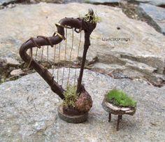 Fairie harp @Betsy Buttram Church.....Oh. My. Golly. Gosh....I still love all things miniature.