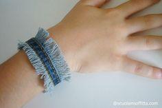 Scuola in soffitta – Blog per mamme Come fare un braccialetto di jeans con le frange
