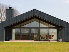 Pleasant Modern Huis Bouwen Prijzen that you must know, You're in good company if you're looking for Modern Huis Bouwen Prijzen Contemporary Barn, Modern Barn, Style At Home, May House, Barn House Design, Gable House, Country Modern Home, Bungalow Renovation, Barn House Plans