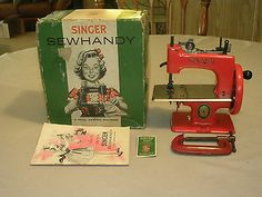VERY RARE RED ANTIQUE VINTAGE SINGER 20 SEWHANDY TOY SEWING MACHINE SMALL + BOX, cannot have....
