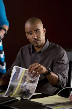 10 First Look Moments from the Season Premiere of Criminal Minds (9)