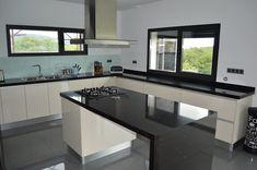 Open Plan Kitchen Living Room, Home Decor Kitchen, Home Kitchens, Modern Kitchen Cabinets, Kitchen Cabinet Design, Home Decor Furniture, Kitchen Furniture, Living Room Partition Design, Best Kitchen Designs