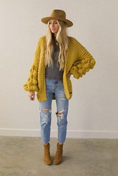 More Than 10 Gorgeous Stylish Fall Winter Jewelry Trends Ideas To Try # Gorgeous. - 2020 Fashions Woman's and Man's Trends 2020 Jewelry trends Fedora Outfit, Casual Winter Outfits, Stylish Outfits, Fall Outfits, Girly Outfits, Earthy Outfits, Rain Fashion, Fashion Black, Fashion Fashion