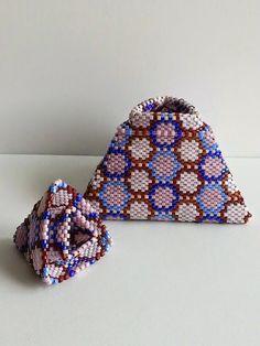 LaGrif Bijoux Geometrie e altre creazioni by Maria Cristina Grifone. Scatola Pyramid. Design Julia Pretl. Handmade by LaGrif.