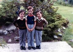 Eat your hearts out ladies! Jonathan Scott, Drew Scott, Scott Brothers, Property Brothers, Forever Young, Twins, Handsome, Celebs, Actors
