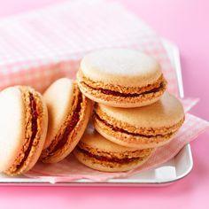 Découvrez la recette Macaron inratable à la confiture sur cuisineactuelle.fr.