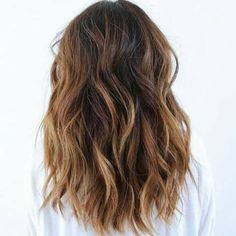 Mechas ombre para cabellos castaños http://beautyandfashionideas.com/mechas-ombre-para-cabellos-castanos/ Wicks for brown hair #Beauty #Belleza #Cabello #Fashion #Hair #Ideasparaelcabello #Mechasombreparacabelloscastaños #tipsparaelcabello