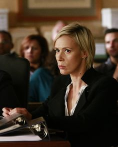 Photos - How to Get Away With Murder - Season 3 - Promotional Episode Photos - Episode - Always Bet Black - Liza Weil, Viola Davis, Popular Shows, How To Get Away, Gilmore Girls, Face Claims, Tv Series, Netflix, Tv Shows