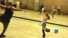 Il semble que cette petite danseuse de 10 ans a déjà un avenir tout tracé http://noemiconcept.com/index.php/fr/departement-informatique/webbuzz-tech-info/item/206097-une-fillette-de-10-ans-danse-comme-une-professionnelle-a-10-years-old-girls-danse-as-professional-dancer.html#video