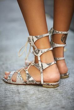 Lina Lace Up Sandal but in black