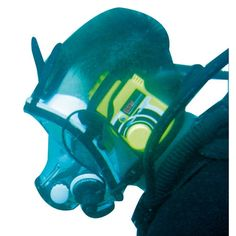 While underwater communication may seem impossible to those that aren\'t familiar with diving, there are actually several ways for divers to communicate! http://aquaviews.net/scuba-guides/underwater-communication-for-scuba-divers/