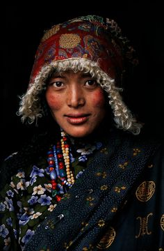 """fashionphotographyscans: """"Country : Tibet Years: 2005, 1999, 2001, 2004, 2001, 2000, 1999, 2001, 2001, 2001 Photographer: Steve McCurry * http://fashographyscans.com/ """""""