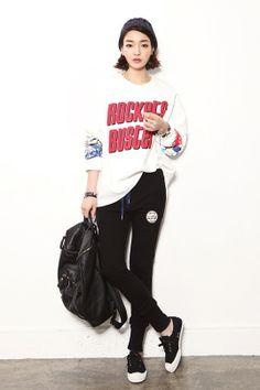 Korean Street Style Free Worldwide Shipping http://en.thejamy.com/goods.php?id=179401