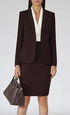 Women's Work Fashion Business Casual Dresses, Business Outfits, Office Outfits, Stylish Outfits, Work Attire Women, Suits For Women, Office Fashion, Work Fashion, Conservative Outfits