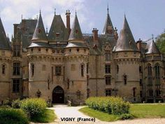 Amazing European Castles! Vigny (France)
