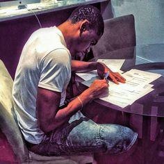 Após falhar NBA, Yannick Moreira assina por clube francês http://angorussia.com/desporto/apos-falhar-nba-yannick-moreira-assina-por-clube-frances/