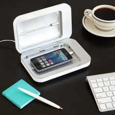 This PhoneSoap Smartphone Sanitizer to get rid of all that grime you carry around with you. 24 Really Cool Gifts For All The Geeks In Your Life Electronics Projects, Electronics Gadgets, Tech Gadgets, Cool Gadgets, Cheap Gadgets, Iphone Gadgets, Mobile Gadgets, Mobiles, Choses Cool