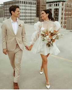 "Festival Brides on Instagram: ""Monday morning couple goals 😍 Just look at her dress + those shoes!! Loving this couples elopement style. So good! 🔥 Make sure you swipe…"" Plan My Wedding, Civil Wedding, Lace Wedding, Wedding Flowers, Bridal Looks, Bridal Style, Sweet Wedding Dresses, City Hall Wedding, Fashion Couple"