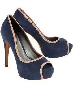 Für die perfekte Schuhsammlung! Von CONLEYS PURPLE. Aus feinem Veloursleder.  #conleys #schuhe #shoes #fashion