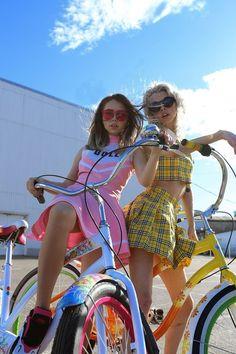 girl, porn, # track bike, # fixed Barbara Ferreira, Fashion Photography Inspiration, She Girl, Pink Sunglasses, Poses, Girl Gang, Daily Fashion, Cool Kids, My Style