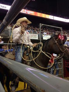 Its WNFR time…the only thing thats keeping while waiting for the PBR to come back…lol