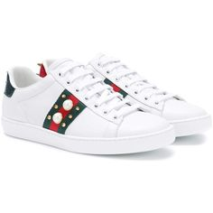 Gucci Ace Embellished Leather Sneakers (1.960 BRL) ❤ liked on Polyvore featuring shoes, sneakers, white, decorating white shoes, gucci shoes, white sneakers, gucci footwear and genuine leather shoes