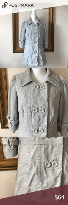 Anthro Elevenses 3/4 sleeve gray pea coat, 10 Gorgeous coat! Gently used! No signs of wear! Perfect color, fit, and sleeve length for Spring! 21 inches armpit to armpit. 28 inches shoulder to bottom of coat. 11 inches armpit to end of sleeve. Anthropologie Jackets & Coats Pea Coats