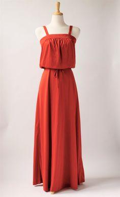 1970's vintage burnt orange maxi dress. Ladies Day Dresses, Summer Dresses, Pretty Clothes, Pretty Outfits, 1970s Clothing, Burnt Orange, Vintage Dresses, Cold Shoulder Dress, Vintage Fashion