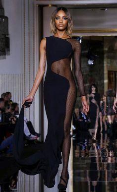 ashliebryn:  Jourdan Dunn at Versace Couture S/S 2015