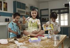 Some fun and interesting cooking games for kids from Surf Excel. Let your kids learn to make their own messy dough. Cooking Games For Kids, Activities For Kids, Clay Crafts For Kids, Make Your Own, How To Make, Some Fun, Kids Learning, Children, Games