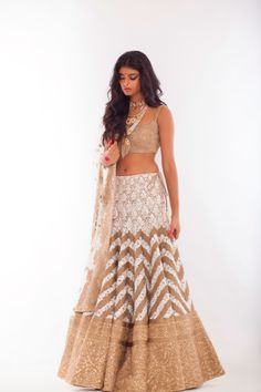 Supermodel Archana Akil Kumar, styled by Nisha Kundnani of Bridelan in a chevron gold and ivory bridal lehenga by Harpreet & Rimple Narula and jewellery by Zoya by Tanishq. Bridelan is a personal shopper & styling service for Indians getting married in India or overseas, visit our website to know more www.bridelan.com #Bridelan