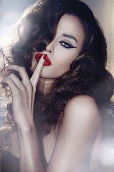 #lipstick #redlipstick #classic