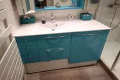 Vous souhaitez cacher votre lave-linge, peu esthétique dans votre salle de bain ? L'équipe d'Atlantic Bain vous propose une solution sur-mesure efficace !