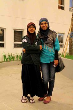 Mbak @IvaYenis and Ria. A moment to meeting.