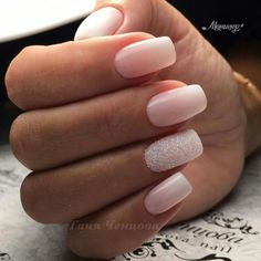 Nail art is a very popular trend these days and every woman you meet seems to have beautiful nails. It used to be that women would just go get a manicure or pedicure to get their nails trimmed and shaped with just a few coats of plain nail polish. Simple Acrylic Nails, Acrylic Nail Art, Acrylic Nail Designs, Accent Nail Designs, Acrylic Ombre Nails, Light Pink Nail Designs, Sparkle Nail Designs, Square Acrylic Nails, Gradient Nails