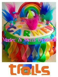 Trolls Cake #trollsmovie #trollscake #madretsweets