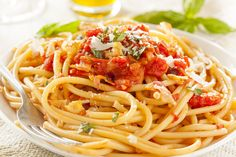 This No Cook Herb and Cheese Sauce recipe is one of the winning entries from the Great Spaghetti Sauce recipe contest. Originally published as Pasta All Amatriciana, Bucatini Pasta, Great Spaghetti Sauce Recipe, Spaghetti Recipes, Traditional Italian Dishes, Cooking Herbs, Cooking Recipes, Homemade Spaghetti, Lasagna