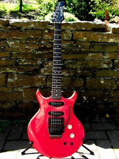 My absolut favorite guitar - Hamer . More clean than a streat and more heavy than a Les paul. No clue why I sold it - I miss you