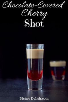 This chocolate-covered cherry shot tastes like the the famous candy! It is one of the tastiest layered shots out there! via This chocolate-covered cherry shot tastes like the the famous candy! It is one of the tastiest layered shots out there! Christmas Drinks, Holiday Drinks, Christmas Dishes, Christmas Shots, Liquor Drinks, Alcoholic Drinks, Bourbon Drinks, Cherry Vodka Drinks, Frangelico Drinks