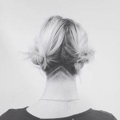 Undercuts are even more fun with shaved chevrons. Shavrons? ✨ #salonyaya #redken #nashvillehair #nashvillescene #experiencenash #nashvillethebeautiful #top200salon #nashvilleguru #nashvillehairstylist #styleyourstory #chevron #undercut