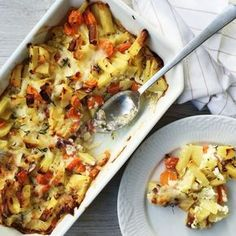 Grøntsagsfad er både sundt og smager godt på samme tid. Dette grøntsagsfad med hytteost og æg, er både egnet til børn og voksne.