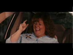 Identity Thief - Melissa McCarthy Jason Bateman - favorite part of movie go to of the clip where Melissa sings along with the radio. Tv Show Music, Film Music Books, Go To Movies, Movies And Tv Shows, Identity Thief, Jason Bateman, Female Hero, Melissa Mccarthy, Caricatures