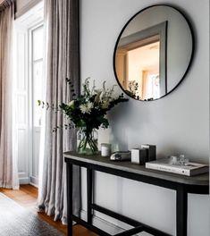home decor quotes Living Room Modern, Interior Design Living Room, Home And Living, Living Room Decor, Interior Design Inspiration, Home Decor Inspiration, Interior Exterior, House Design, Decoration