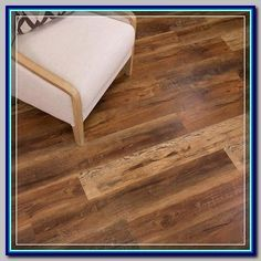 (paid link) What type of wood flooring is best for kitchen? #woodfloorkitchen Vinal Plank Flooring, Waterproof Vinyl Plank Flooring, Luxury Vinyl Flooring, Luxury Vinyl Plank, Hardwood Floors, Loft Flooring, Vinyl Wood Flooring, Vinyl Flooring Kitchen, Wood Floor Kitchen