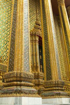 Grand Palace in Thailand bucket list travel destination.