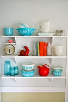 i need to focus down my color story in the kitchen. red. yellow. aqua.