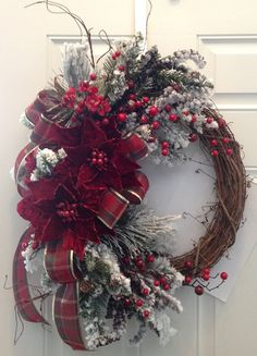 Snow Flocked Christmas Wreath. Sparkly by JansElegantWreaths