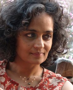 Photos for Arundhati Roy. photo 564435 Arundhati Roy, photo 1455610 Elle cover, photo 1455612 2016 for elle magazine interview, photo 1455614 2016 ELLE i. Leo Buscaglia, Science Articles, Pitch Perfect, Elle Magazine, Profile Photo, Writers, Author, Small Things, Best Deals